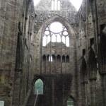 Transept nord. A gauche l'escalier qui permettait d'accéder au dortoir